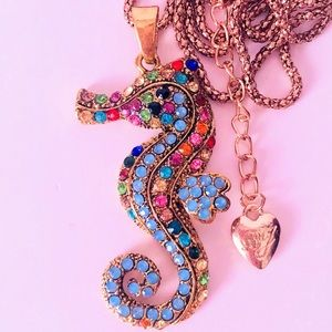 NEW! CRYSTAL SEAHORSE SWEATER NECKLACE IN GOLD